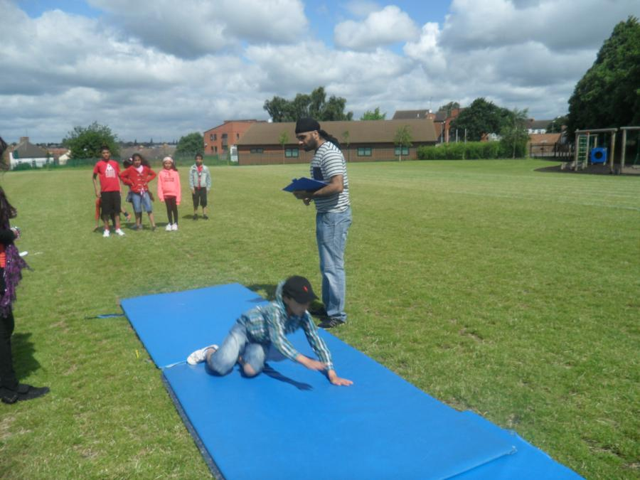 thumbs_sports-day-long-jump