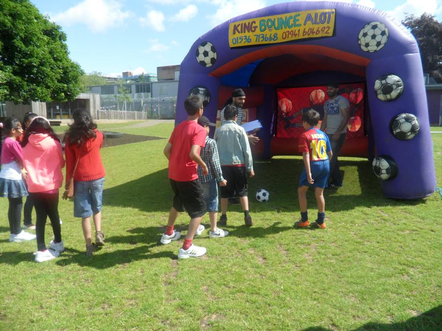 thumbs_sports-day-penalty-shoot-out